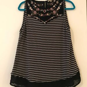 Tops - Gimmicks embroidered striped tank